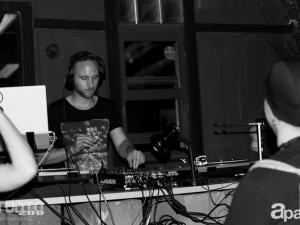 06-27-13-john-lagora-dela-studio-200-86
